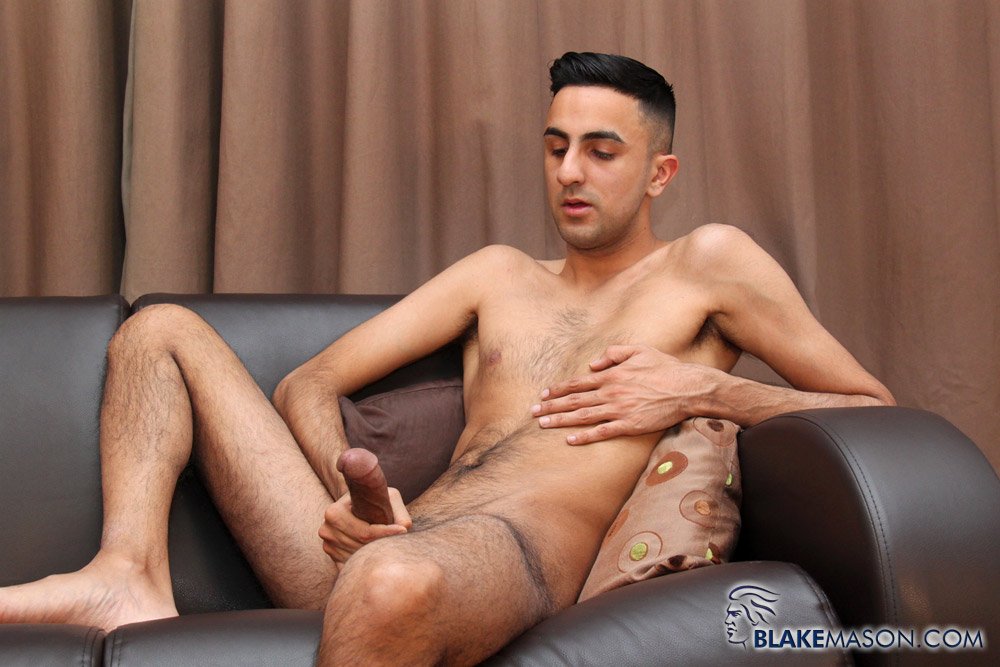 BlakeMason-Jamal-Jones-Solo-Jack-Off-09 Amateur Skinny Hairy Young Guy Masturbating a Big Cock