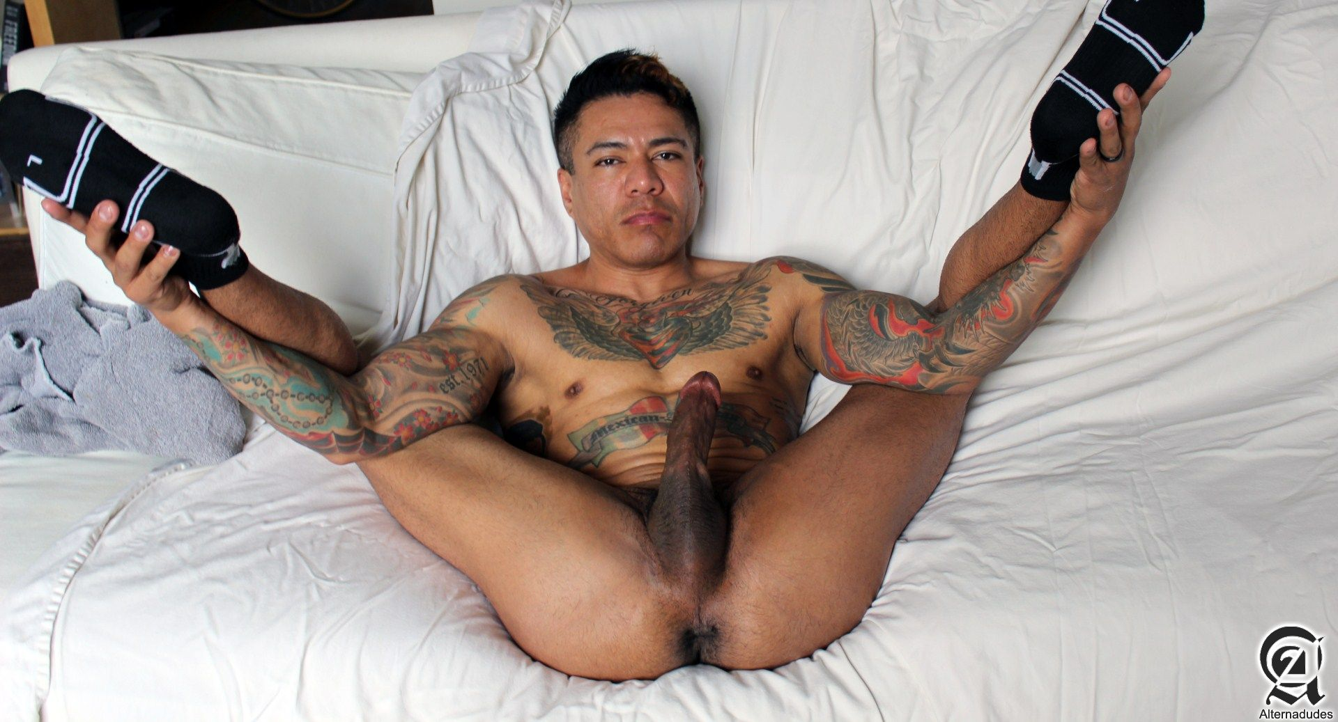 Alternadudes-Maxx-Sanchez-Tatted-Mexican-Daddy-Big-Cock-Amateur-Gay-Porn-03 Amateur Tatted Latino Daddy Shot A Load In His Mouth