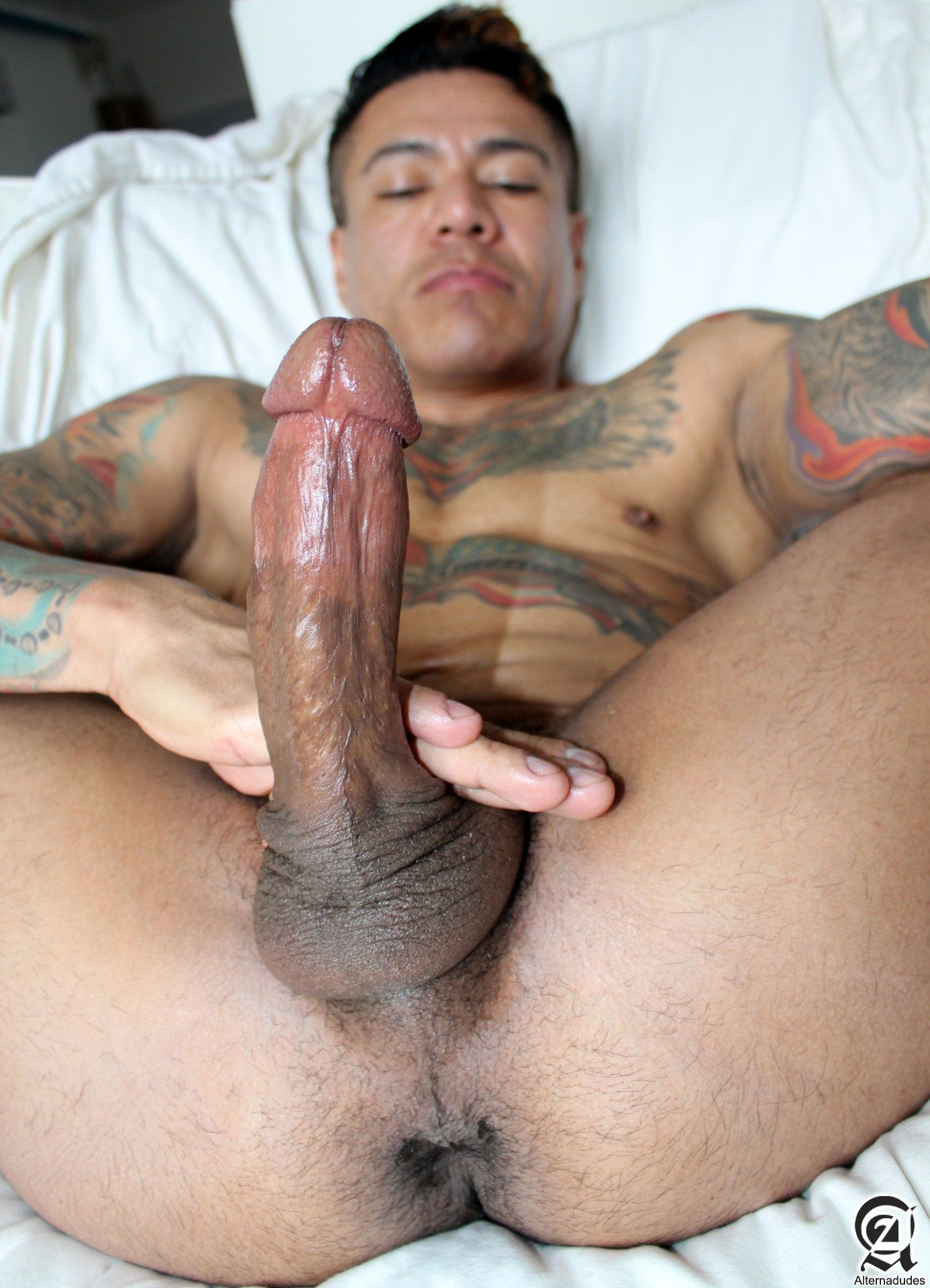 Alternadudes-Maxx-Sanchez-Tatted-Mexican-Daddy-Big-Cock-Amateur-Gay-Porn-12 Amateur Tatted Latino Daddy Shot A Load In His Mouth