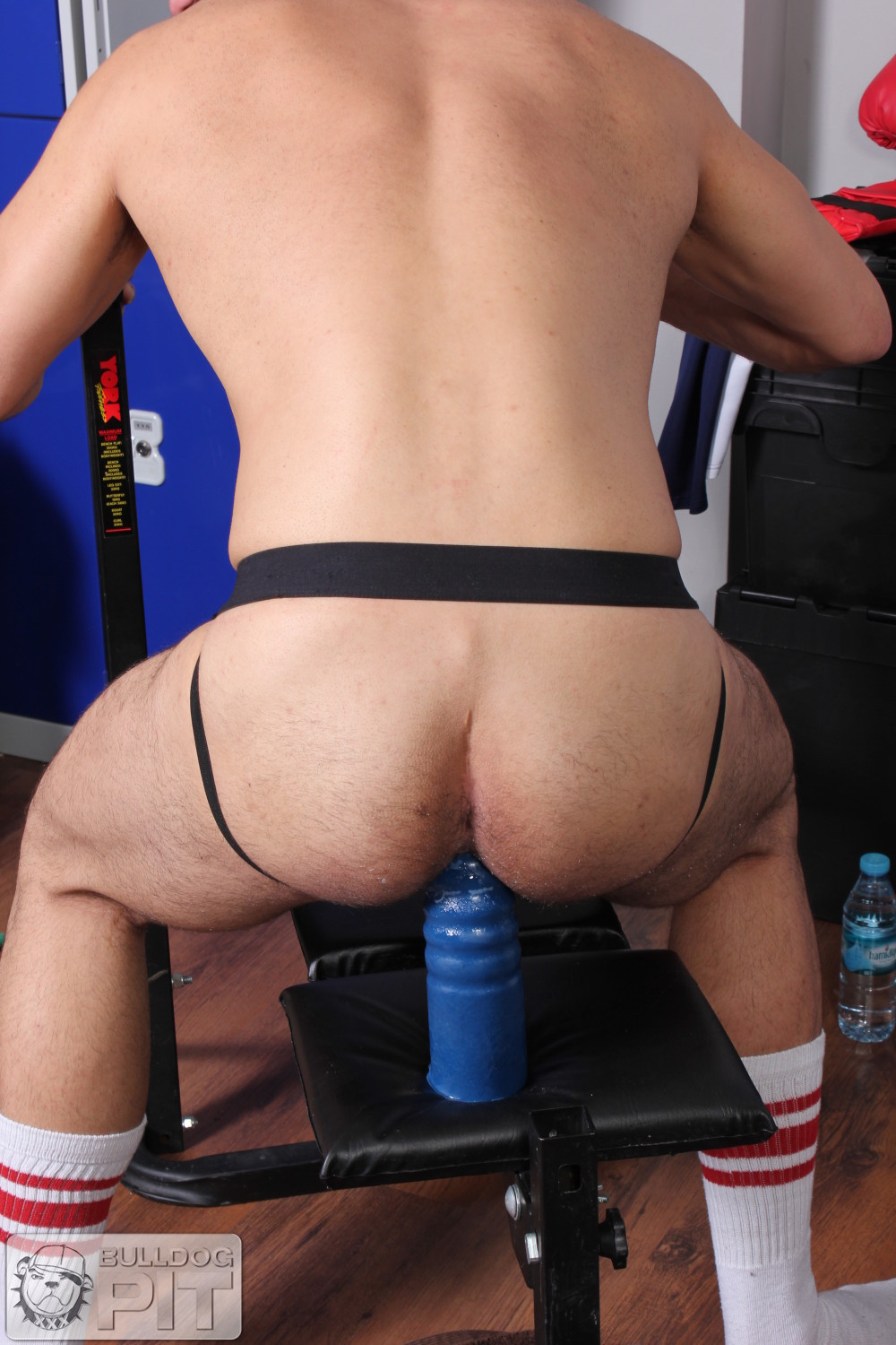 Bulldog-Pit-Jake-Bolton-Athlete-Fucking-Himself-With-A-Dildo-Amateur-Gay-Porn-14 Jake Bolton: Hung Masculine Jock Fucks Himself With Dildos