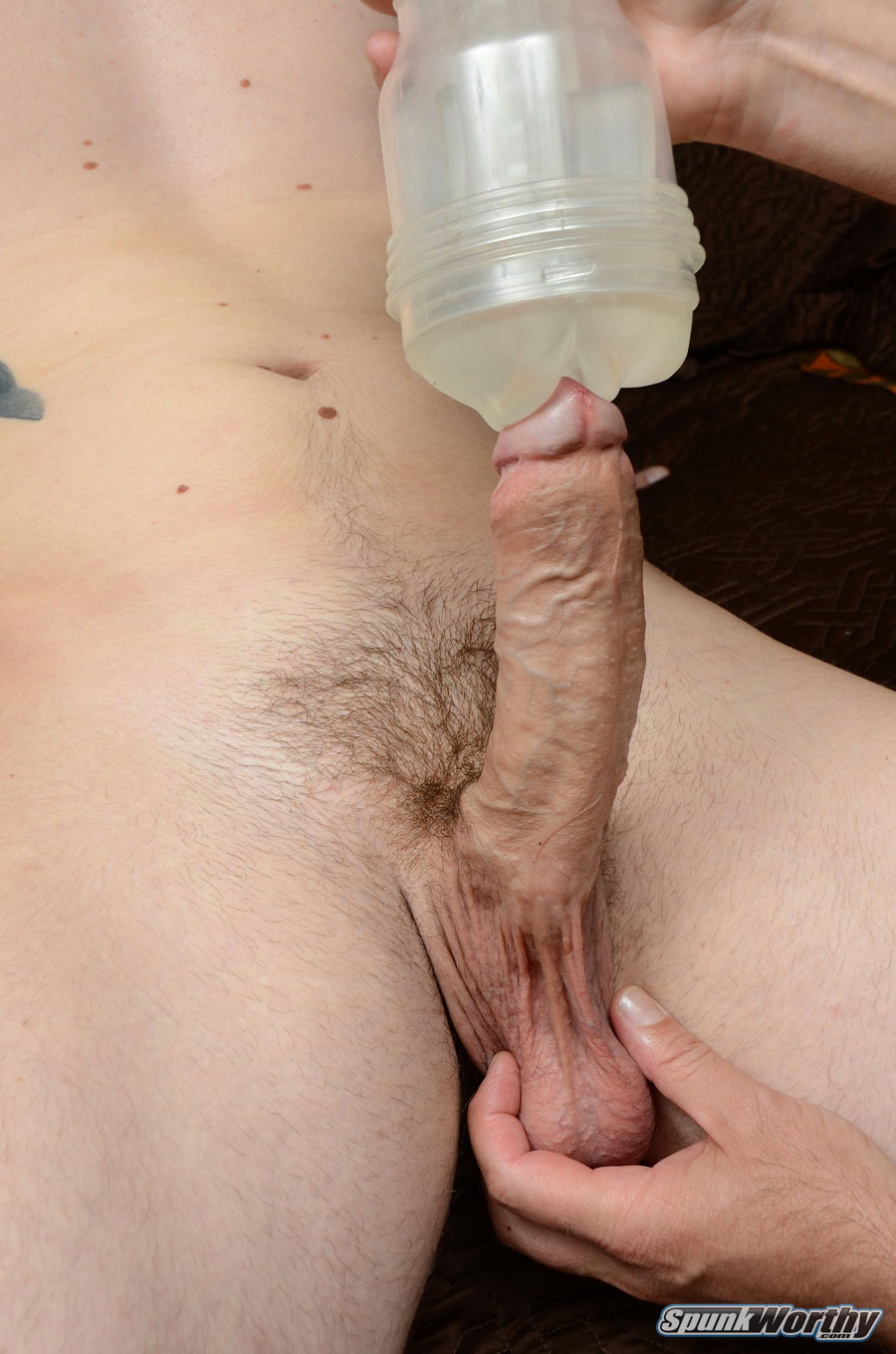 SpunkWorthy-Eli-Straight-Marine-Gets-A-Hand-Job-Fleshlight-from-A-guy-Amateur-Gay-Porn-11 Straight Marine Gets His First Hand Job From Another Guy