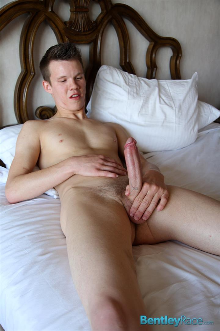Bentley-Race-Kevin-Kobe-Big-Cock-Las-Vegas-Boy-Jerking-Off-Amateur-Gay-Porn-11 Vegas Rent Boy Cums Like A Volcano In Vegas Strip Hotel