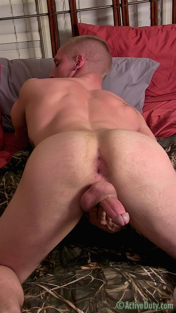 Active-Duty-Muscle-Bi-Sexual-Niko-US-Army-Soldier-Jerking-His-Big-Cock-Amateur-Gay-Porn-15 Amateur 23 Year Old US Army Hunk Jerks His Thick Cock
