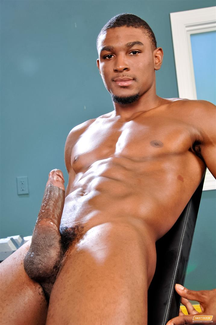 48423 11 Amateur Hung Black Guy Jerking His Big Black Cock At The Gym