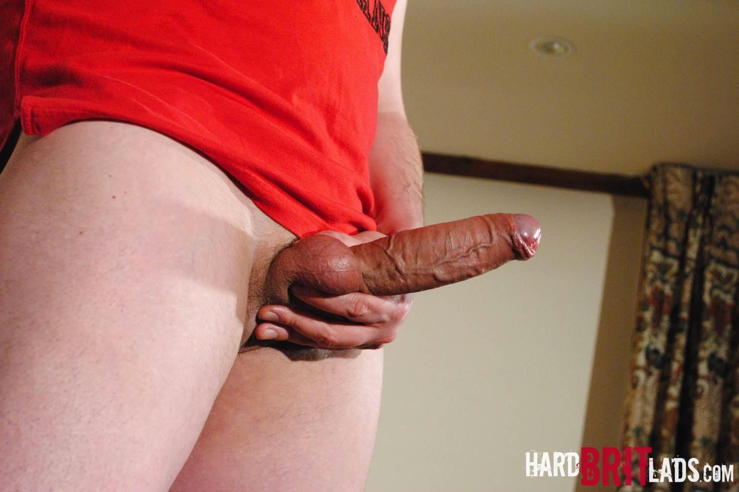 Hard-Brit-Lads-Jon-Bull-British-Skinhead-With-A-Big-Thick-Uncut-Cock-Amateur-Gay-Porn-14 Straight British Skinhead Jerking His Big Thick Veiny Uncut Cock