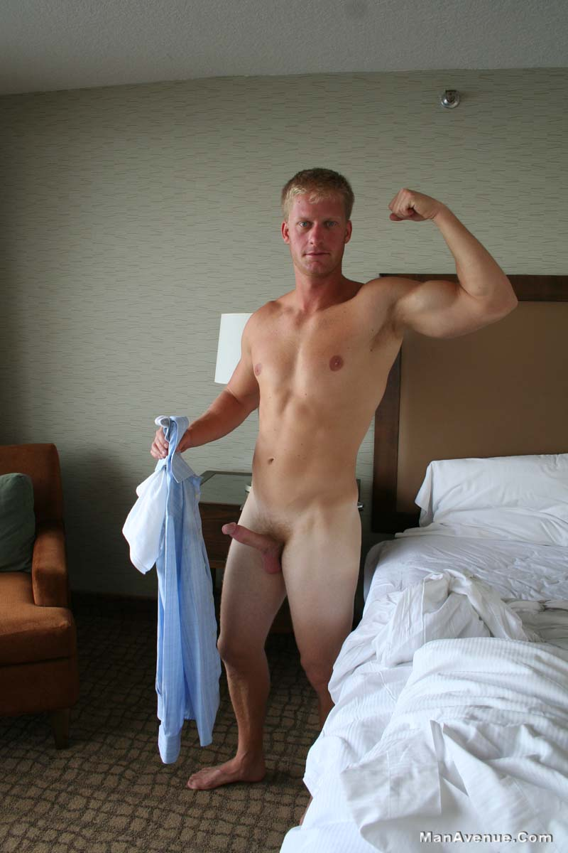 Man-Avenue-Mickey-Hardwood-Blonde-Guy-Jerking-His-Big-Cock-In-A-Hotel-Amateur-Gay-Porn-08 Blonde Hunk Jerking His Big White Cock In A Hotel Room