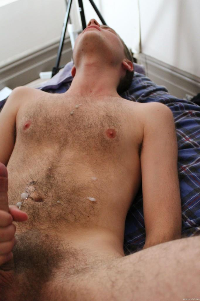 gay young paid bareback creampie