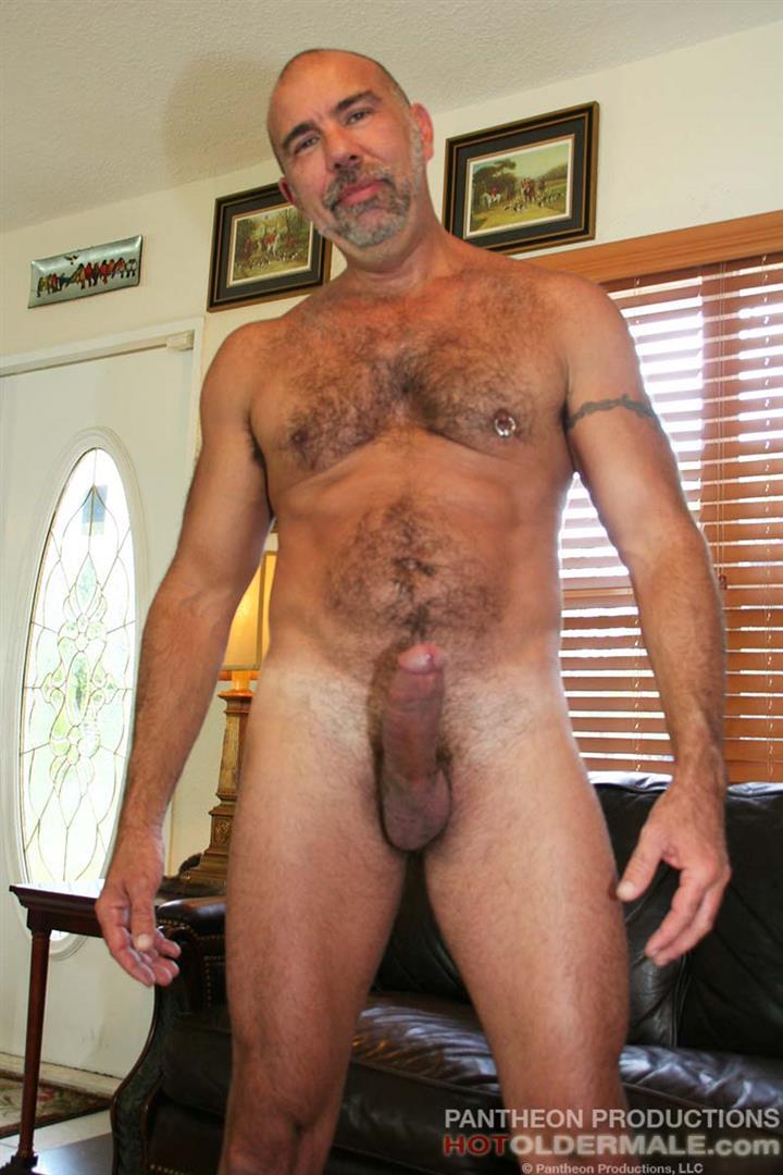 Gay Hung Hairy