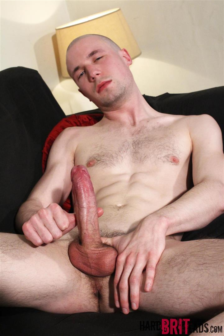 Brit boys jerk off