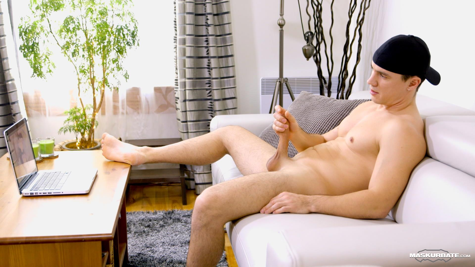 Maskurbate-Ricky-Muscl-Jock-Stroking-His-Big-Uncut-Cock-Amateur-Gay-Porn-11 Smooth Muscle Jock Stroking His Big Uncut Cock