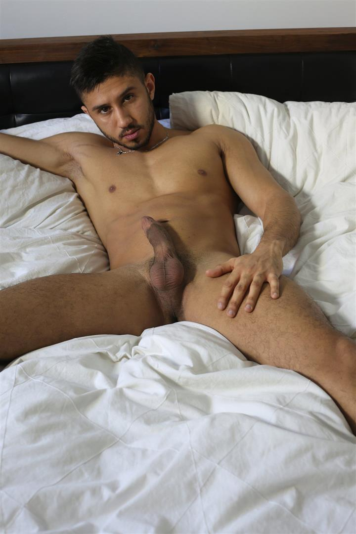 Moroccan jerk off