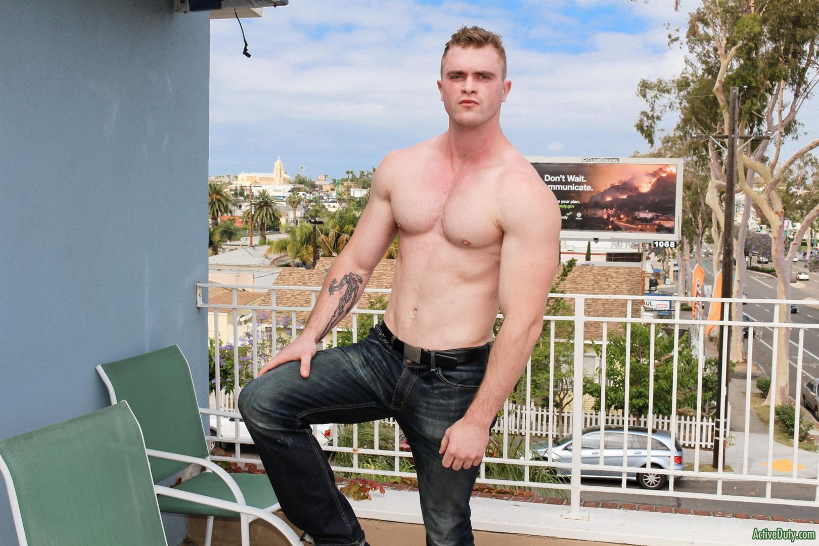 Pornstar gay muscle cock video
