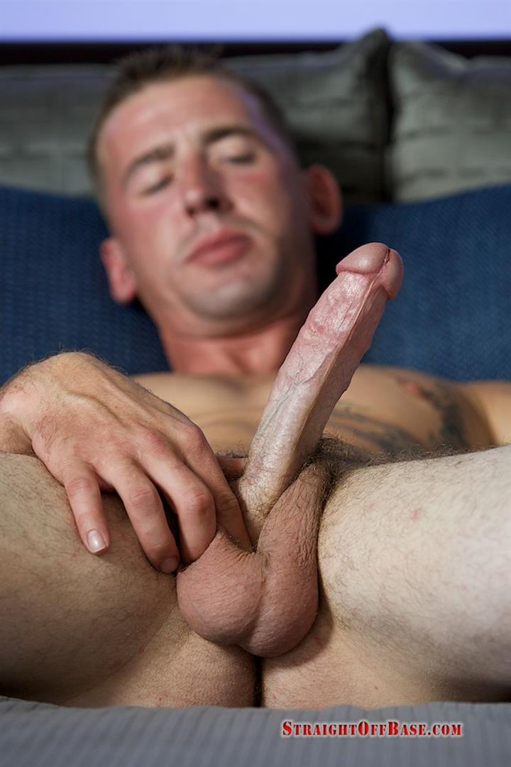 Straight-Off-Base-Naked-Marine-Jerking-Off-Dean-Amateur-Gay-Porn-07 Straight US Marine Sergeant Rubs One Out Of His 8