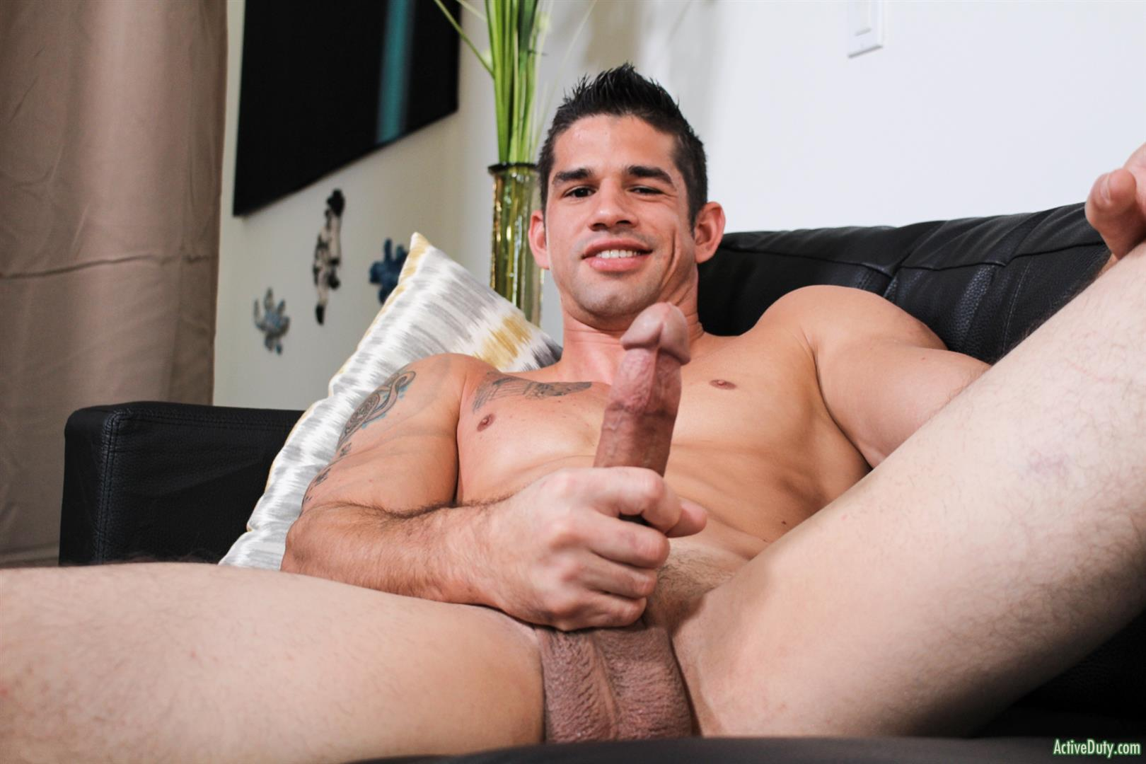 Active-Duty-Jason-Richards-Army-Naked-Soldier-With-A-Big-Cock-06 Check Out The Long Cock On This New Army Recruit