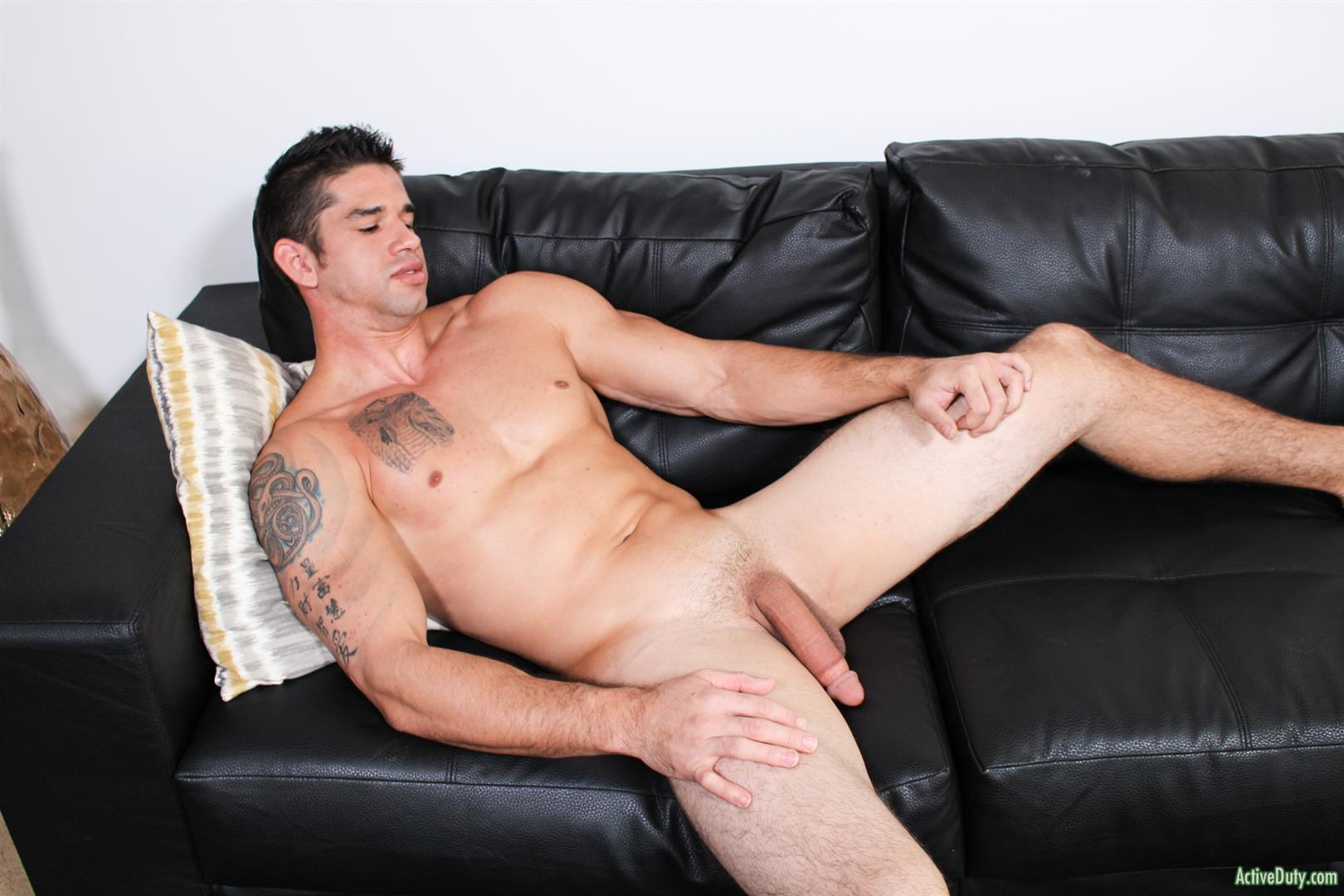 Active-Duty-Jason-Richards-Army-Naked-Soldier-With-A-Big-Cock-09 Check Out The Long Cock On This New Army Recruit