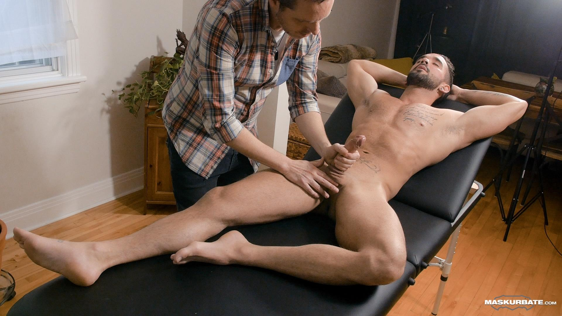 Maskurbate-Zack-Lemec-Gay-Massage-With-Happy-Ending-07 Zack Lemec Get's His First Gay Massage With A Happy Ending