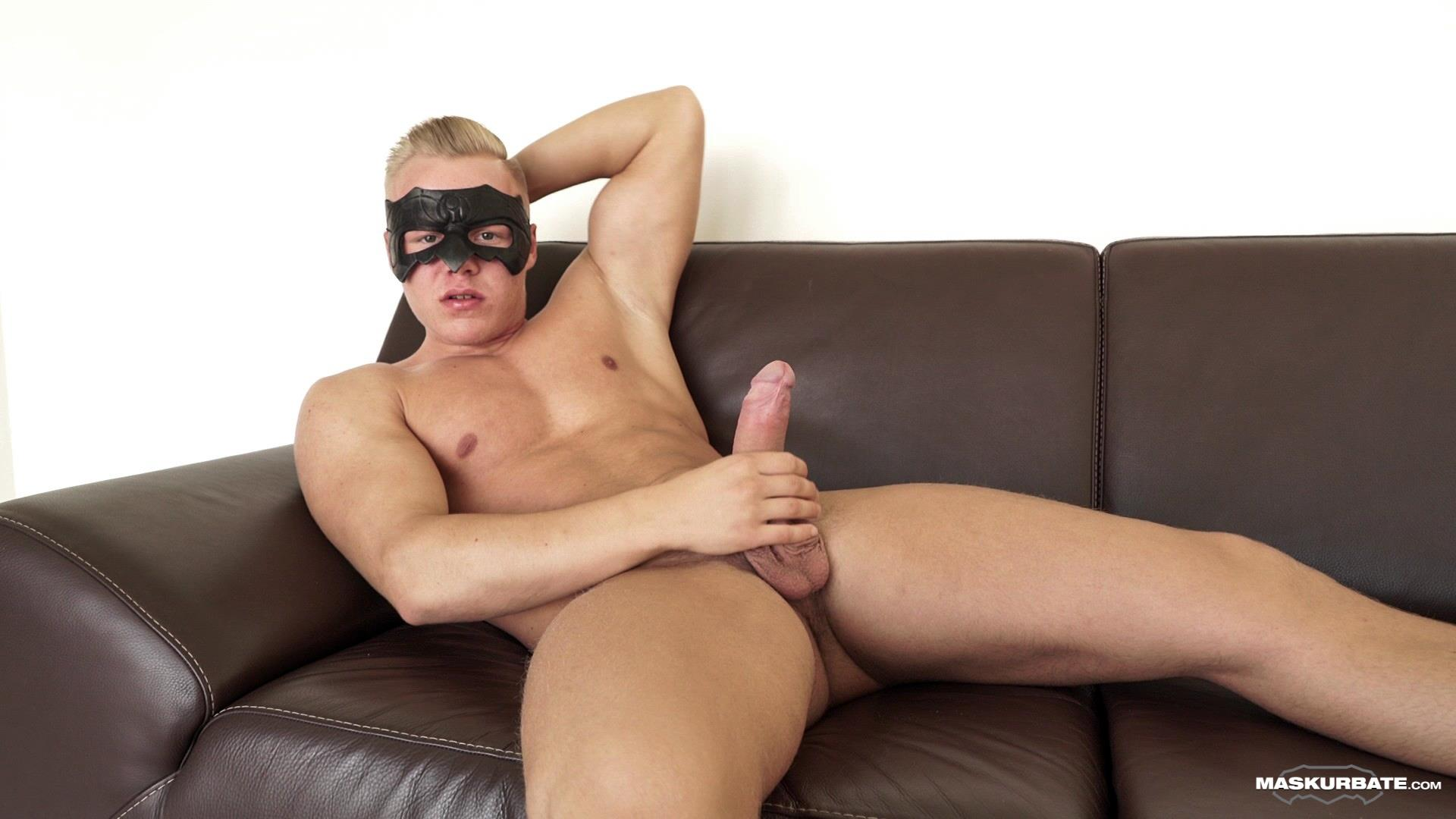 Maskurbate-Mickey-Big-Uncut-Cock-Muscle-Hunk-Jerking-Off-Video-03 Big Uncut Cock Blond Muscle Hunk Auditions For Gay Porn