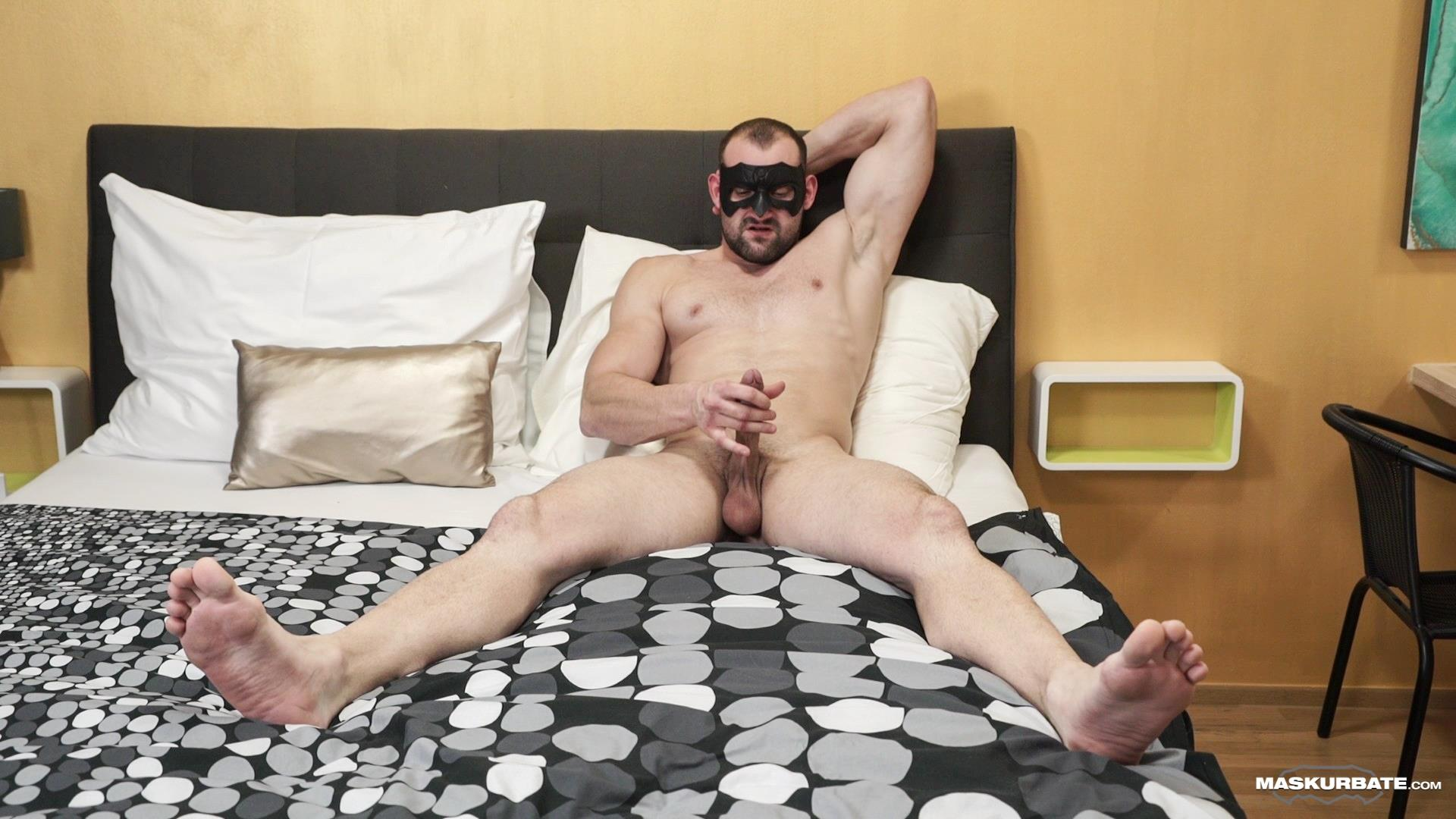 Maskurbate-Obaid-Bisexual-Muscle-Hunk-With-A-Big-Uncut-Cock-Jerking-off-12 Bisexual Muscle Hunk Jerks Off His Big Uncut Cock