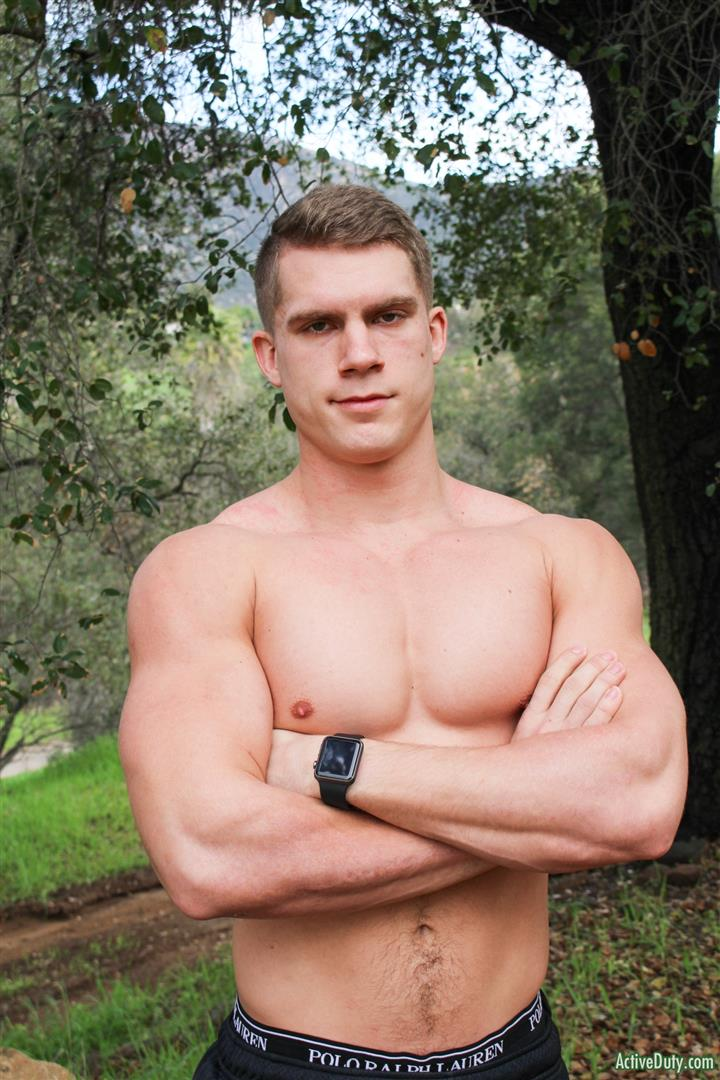 Active-Duty-Danny-D-Naked-US-Marine-Jerking-Off-His-Big-Cock-05 Naked Muscular US Marine Jerking Off His Big Cock